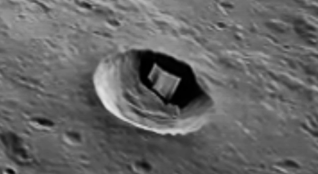 A strange 2 kilometer structure found on the moon 1