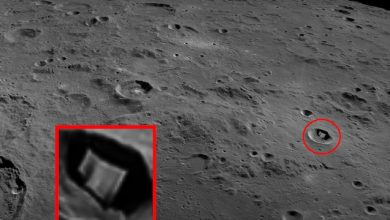 A strange 2 kilometer structure found on the moon